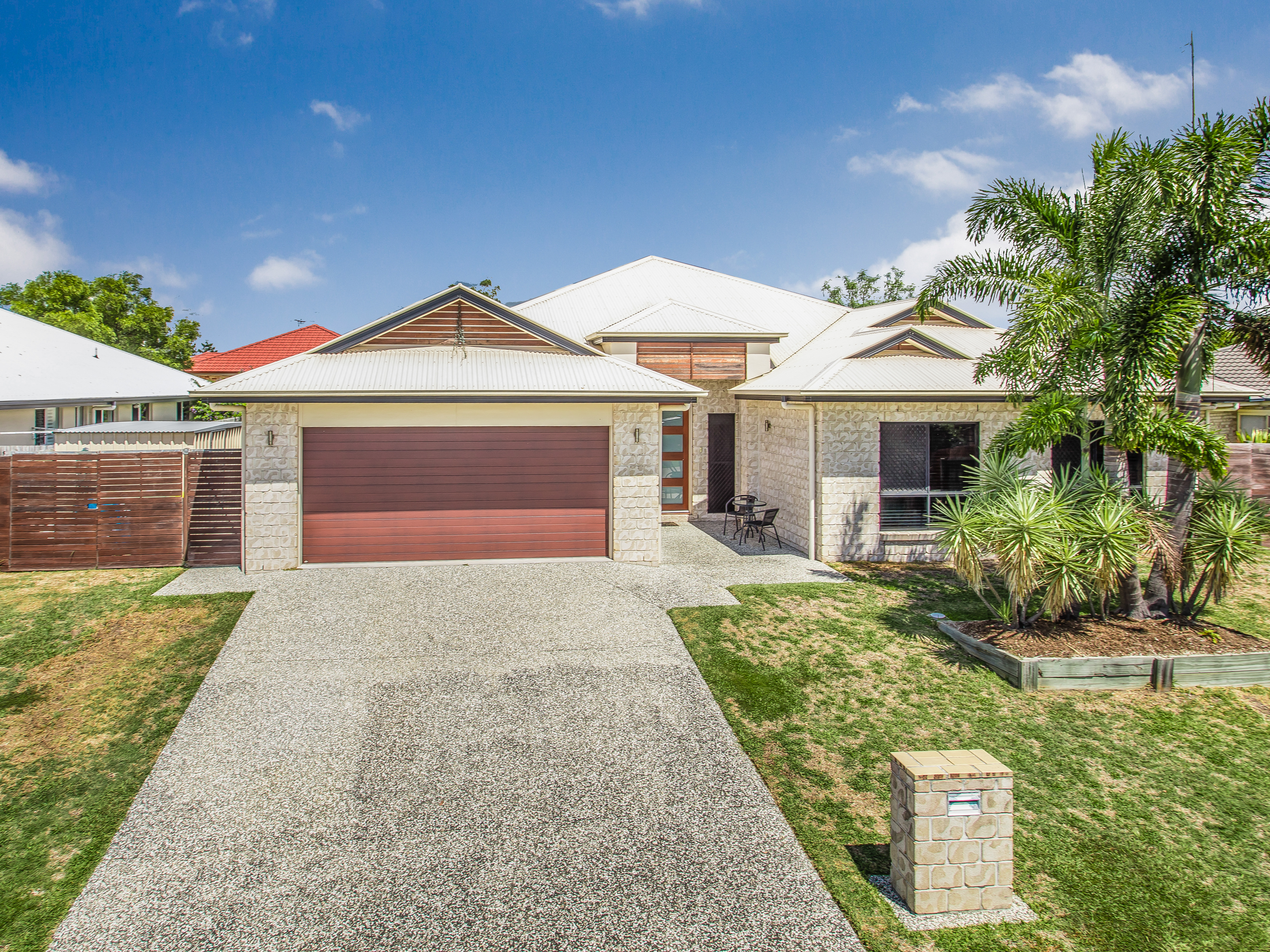 FOR SALE - 11 Allister Cres, Rothwell